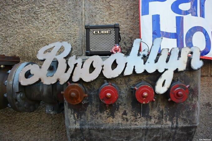 Brooklyn Flea sign