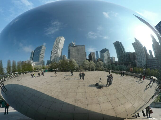 Chicago skyscrapers reflected in the Bean