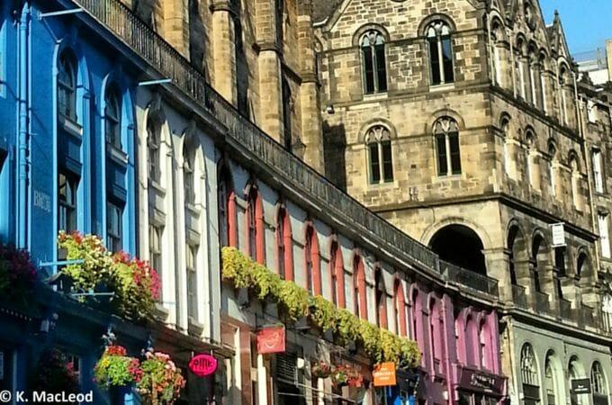 Colourful shops on Victoria Street, Edinburgh