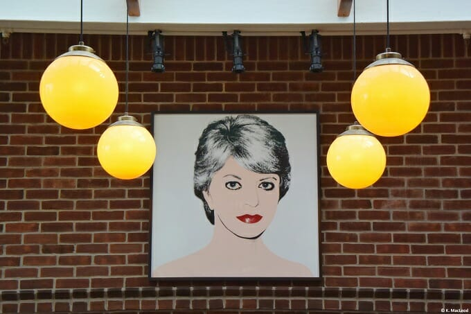 Art at the Chicago Athletic Association Hotel
