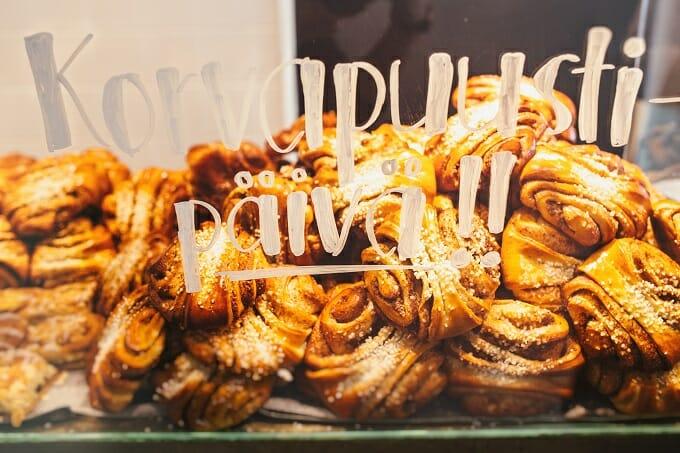 Cinnamon buns in a shop window in Helsinki
