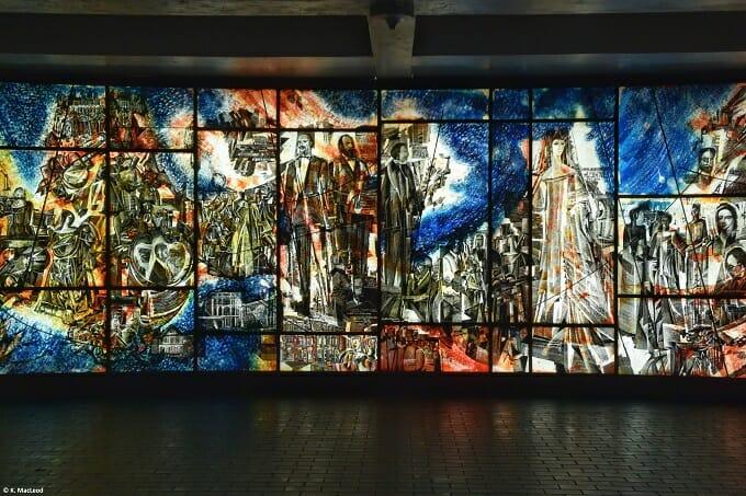 Public art in Montreal Metro