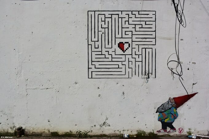 Gnome street art Santurce